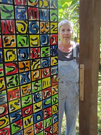 helga-main-artist-costa-rica