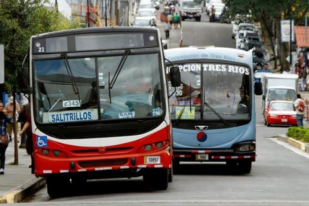 costa-rica-bus